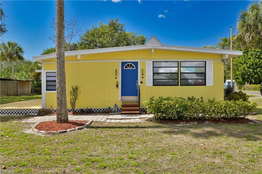 SW Florida Home for Sale - View SW FL MLS Listing #221014318 at 8500 Judeth Ln in ESTERO, FL - 33928