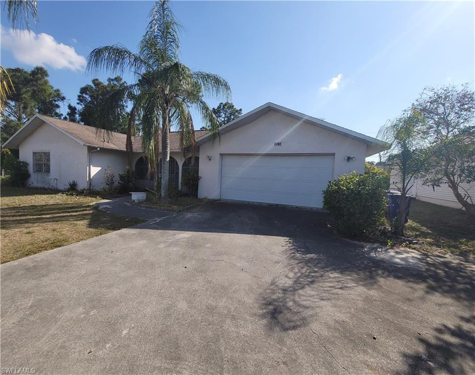 LEHIGH ACRES Home for Sale - View SW FL MLS #221022330 at 5015 Lee Blvd in LEHIGH ACRES in LEHIGH ACRES, FL - 33971